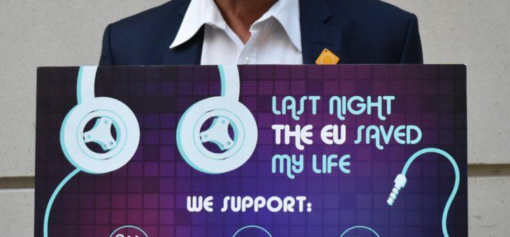 Campaign:  #LASTNIGHTTHEEUSAVEDMYLIFE